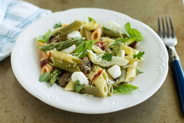 Penne with Sausage, Artichokes, and Asparagus
