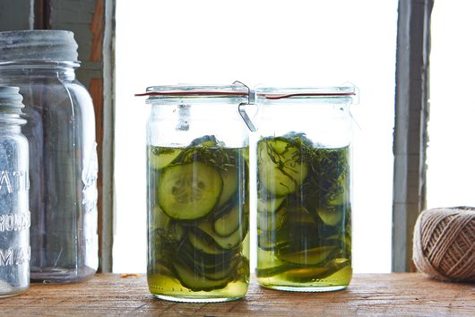 A $0 Trick to Make Your Stinky, Stubborn Jars Smell Clean Again