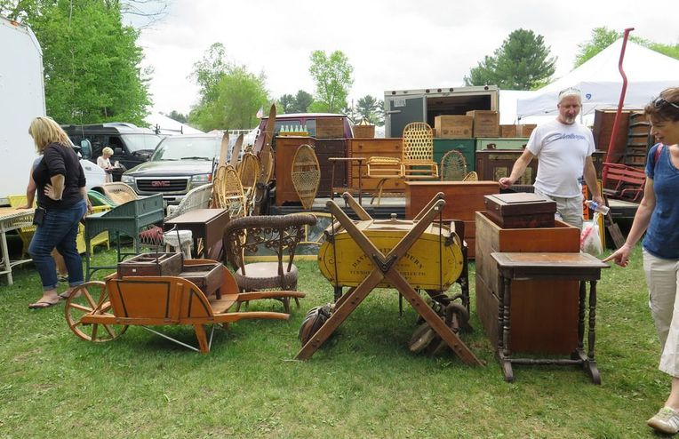 8 Things to Know *Before* You Go to the Brimfield Antiques Fair