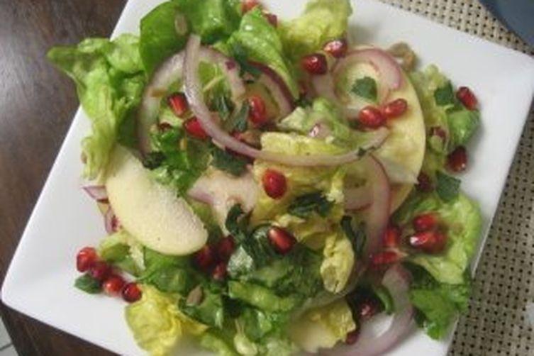 Apple and Pomegranate Salad with Honey Vinaigrette