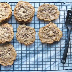 Gluten Free Thin & Crispy Chocolate Chip Cookies