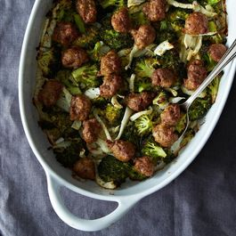 Roasted Sausage with Broccoli and Fennel