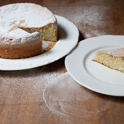 Tarta de Santiago (Galician Almond Cake)