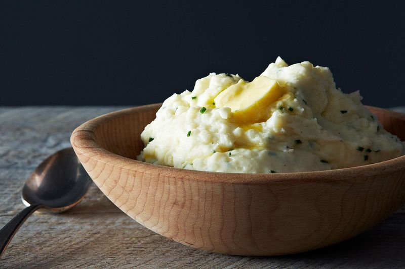 Monica's Sour Cream and Chive Mashed Potatoes by EmilyC