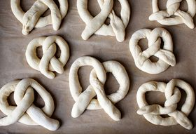 How to Shape Pretzels