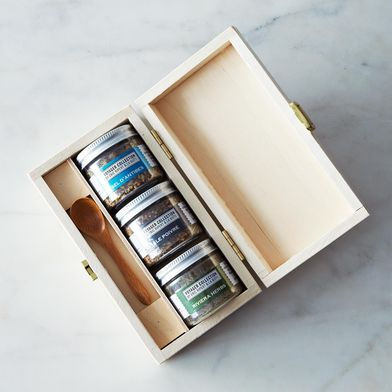 24739af7 38ff 4020 ba1d a0545b9fb809  2013 1202 la boite voyager box set 004 Meet the Man Who Wants You to Look at Your Spice Rack Differently