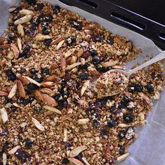Crunchy Berry Breakfast Granola