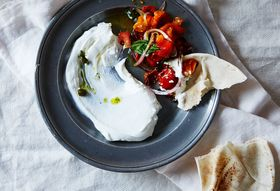 7e3ad78c e07c 469b 9733 658f67b23d6f  2015 0804 half roasted tomato salad with salsa verde bobbi lin 6030