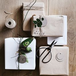 The All-Natural Ribbon Substitute Donna Hay Uses for Gift-Wrapping