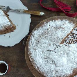 Chocolate Cinnamon Cake - (Torta di Cioccolato)