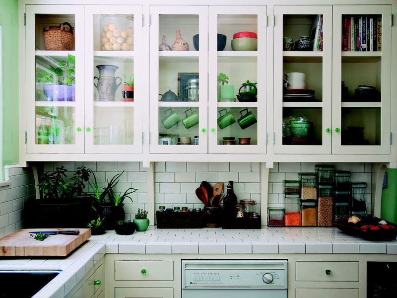4 Decorative Tricks that Make Hosting a Whole Lot Easier
