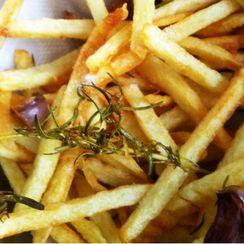 Garlic and Rosemary Fries