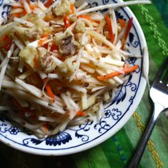 Kohlrabi Apple Walnut Slaw