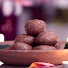 Sesame peanut Ladoo