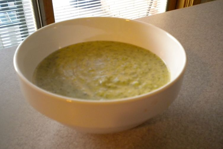 Dilled Broccoli and Leek Soup