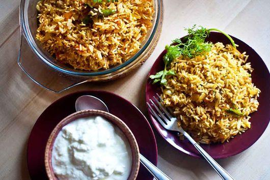 Tomato masala rice (to use up leftovers!)
