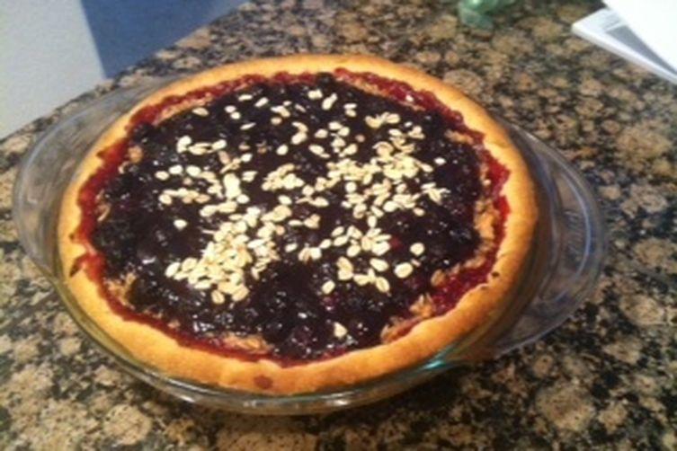 Berry Oatmeal Pie