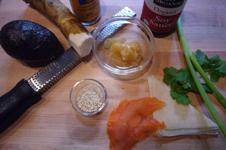 Asian guacamole with Smoked Salmon