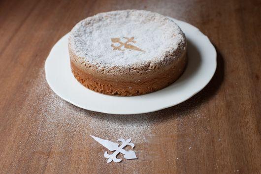 Tarta de Santiago (Almond Cake)