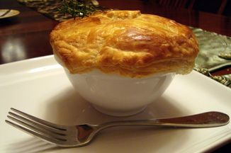 Db0e9f9b-4d88-44f5-a97e-0327460f330a--beef_and_stout_pot_pie_2