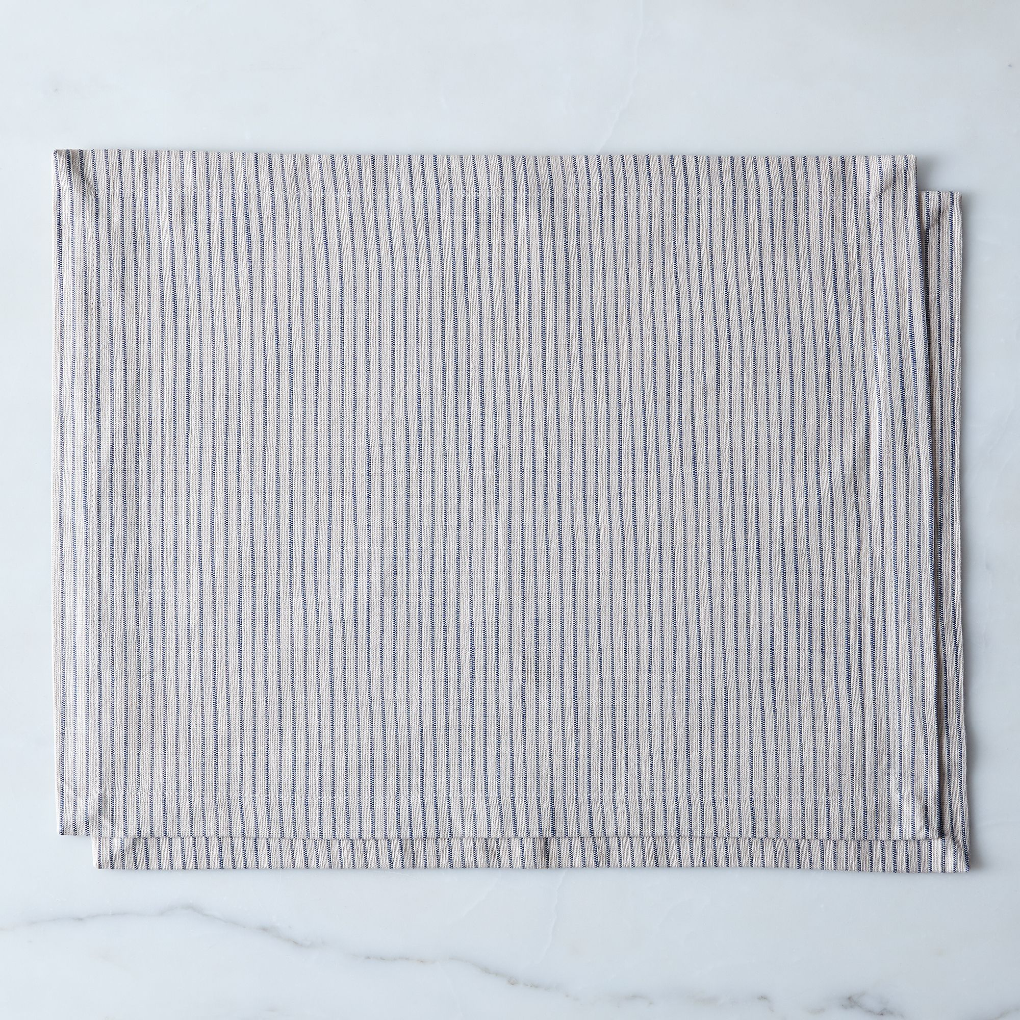 47910737 6452 4a11 94e6 05caf2ce5306  2016 1111 food52 table linens striped placemats set of 2 silo rocky luten 0137