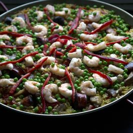 How to Make Paella Without a Recipe