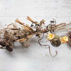 A Wintry Centerpiece That Takes 5 Minutes to Make