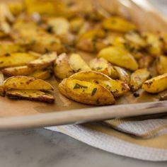 Crispy Roasted Turmeric Potatoes