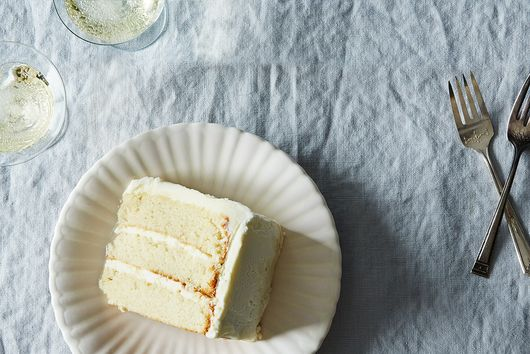 The Most Popular Wedding Cake Flavors by Decade