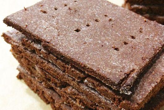 Chocolate Quinoa Crackers