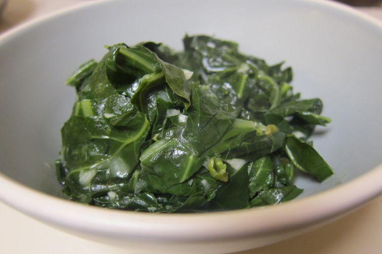 Braised Collard Greens in Spicy Coconut Milk Sauce