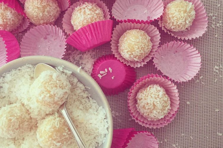 Strawberry Beijinhos {Brazilian Coconut Truffle}