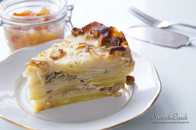 Kohlrabi gratin with oyster mushrooms
