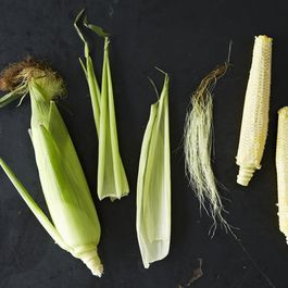 456af1a3-d489-4bce-8d49-66cdfa2af41e.2013-0809_whole-ear-of-corn-010