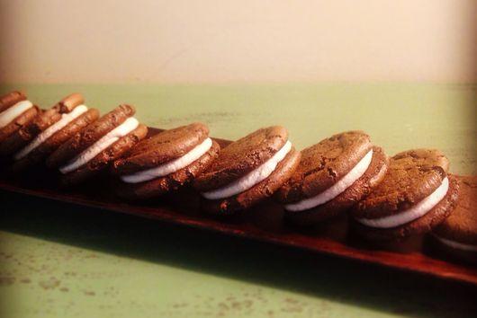 Carob and Cashew Cream Cookie Sandwiches