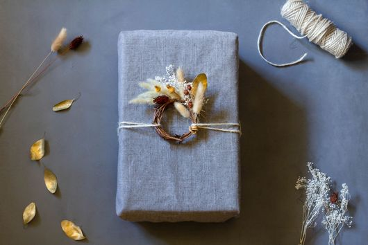 5 Ways to Make Your Gift Wrapping a Gift in Itself