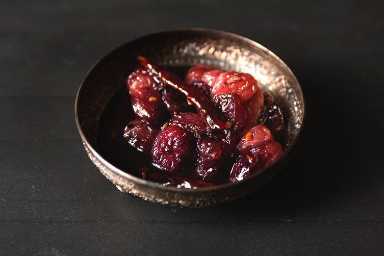 sweet & spicy grape chutney
