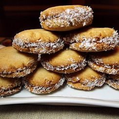 Vanilla Butter Sandwich Cookies with Caramel Filling