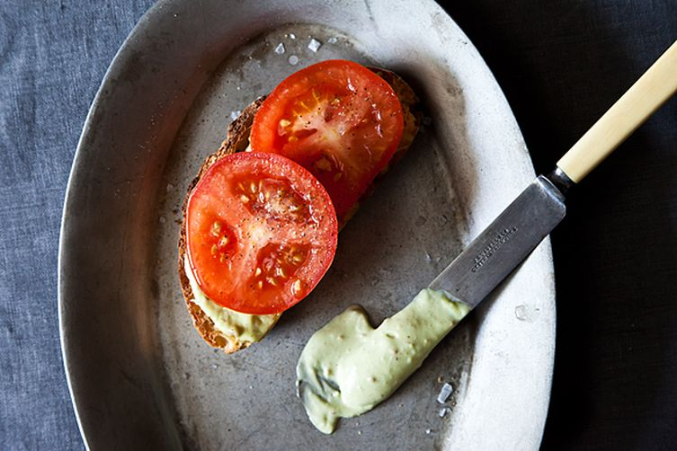 A Tomato Sandwich Worthy of a Little Bacon