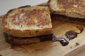 13e48c29-a6e5-400a-b8d7-c5aba7611317--s-more_grilled_cheese