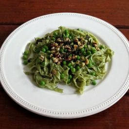 Sorrel Fettuccine with English Peas, Hazelnuts, and Brown Butter