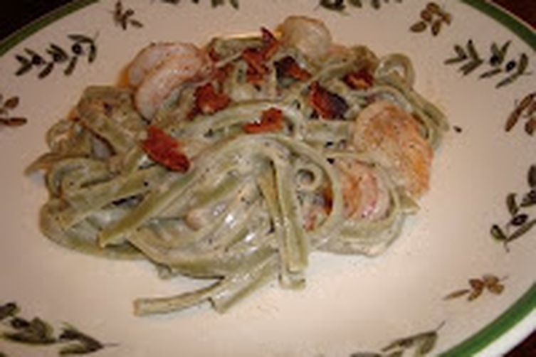 Shrimp and Spinach Fettuccine Alfredo