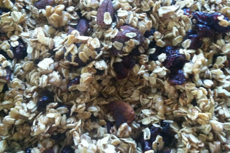 Fall Inspired Apple Granola (gluten/dairy/sugar free)
