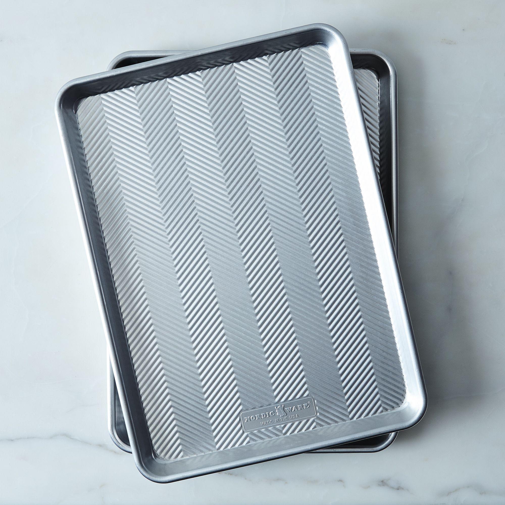474745a3 c87f 4255 9947 60656a5d878a  2017 0203 nordic ware prism aluminum baking sheet half sheet set of 2 silo rocky luten 002