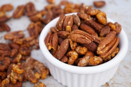Spice It Up Nuts!
