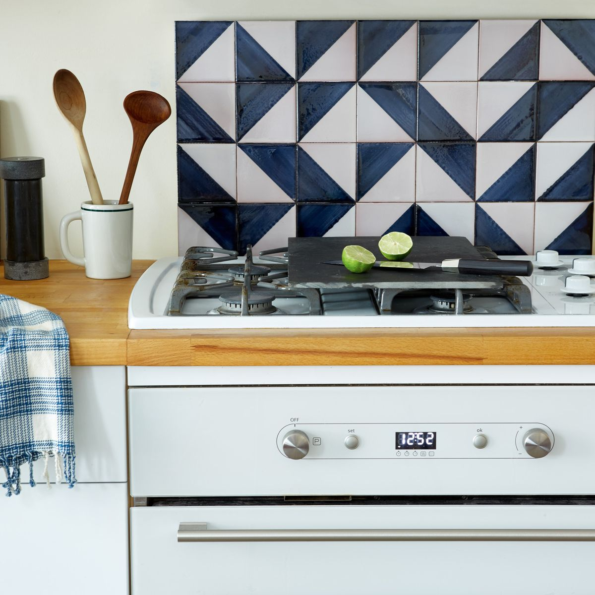 A High Impact But Removable Diy Tile Backsplash To Give