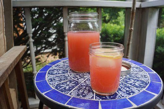Rhubarb Ginger Lemonade