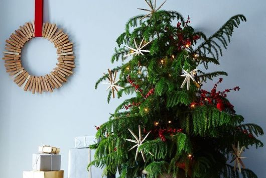 People Are Flipping for This Christmas Tree Trend