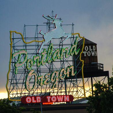 12 Must-Dos (& Eats!) in Portland, Oregon