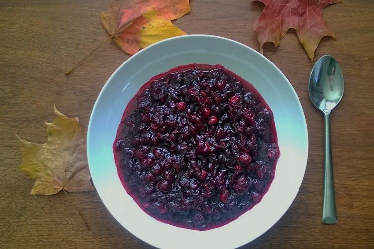 Red wine cranberry compote
